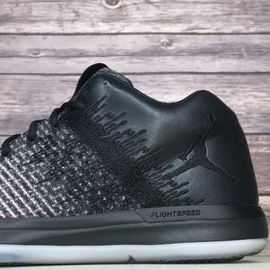 Nike Air Jordan XXXI 31 Low Fade to Pink Oreo Shoe